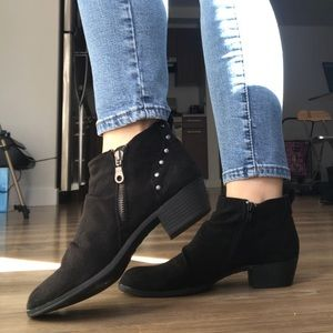 Shoes - BRAND NEW black slouch ankle booties